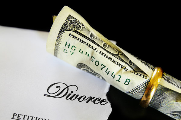 What Happens to Your Debt When You Get Divorced?
